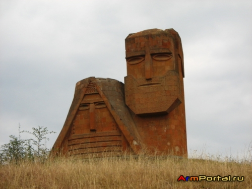 Нагорный Карабах: Мой дом – моя крепость, или извечный вопрос жилья