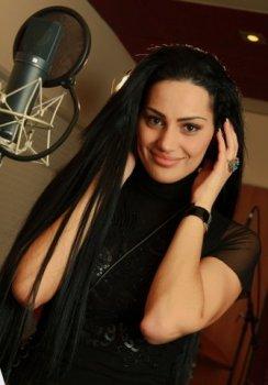 http://www.armportal.ru/uploads/posts/2010-02/thumbs/1266305866_eva_rivas_12.jpeg