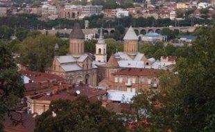 Армения предлагает Грузии помочь в восстановлении армянских памятников